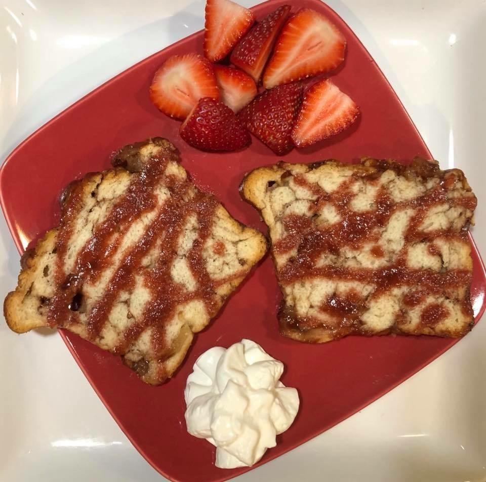 Raspberry Apple-Cinnamon Toast